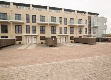 Thumbnail 4 bed town house to rent in St. Pauls Mews, Whitley Wood Lane, Reading