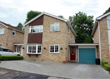 3 bed detached house for sale in Foxcote, Wokingham RG40