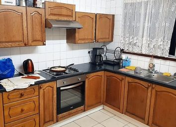 Thumbnail 5 bed terraced house to rent in Hampton Road, Ilford