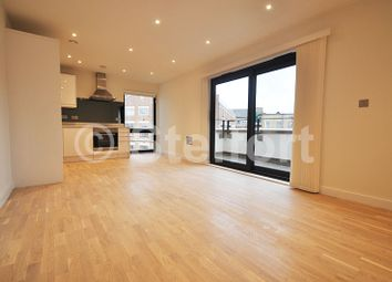Thumbnail 1 bed flat to rent in Tufnell Park Road, Tufnell Park, Holloway, Islington