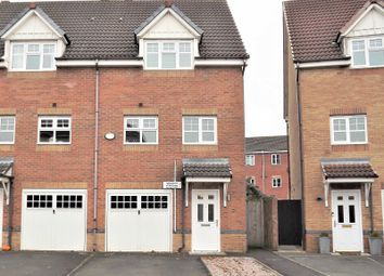 3 bed town house for sale in Madison Gardens, Westhoughton, Bolton, Greater Manchester. BL5