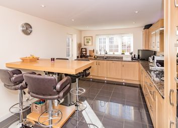 Thumbnail 5 bed property to rent in Kempton Close, Chesterton, Bicester