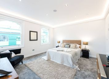 3 bed maisonette for sale in Tetcott Road, Chelsea, London SW100Sa SW10