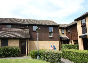 Thumbnail 2 bed flat to rent in Fleetham Gardens, Lower Earley, Reading, Berkshire