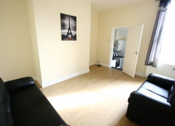Thumbnail 3 bedroom flat to rent in 70Pppw - Biddlestone Road, Heaton, Newcastle Upon Tyne