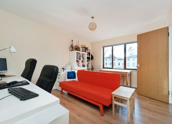 Thumbnail 1 bed flat to rent in Leigh Court, Lewisham Way, Brockley, London