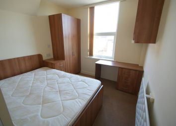 Thumbnail 1 bed flat to rent in Wilton Grove, Meanwood, Leeds