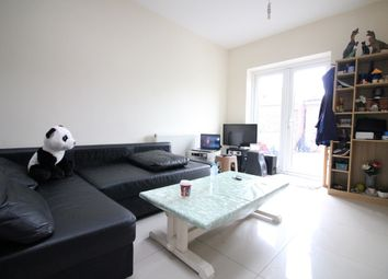2 bed maisonette to rent in Cromwell Road, Hounslow TW3