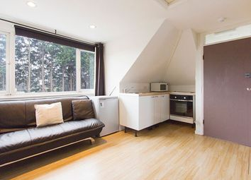Thumbnail Studio to rent in Hendon Way, Golders Green, London
