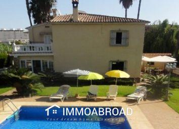 Thumbnail 4 bed villa for sale in Gandía, Valencia, Spain