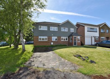 Thumbnail 4 bedroom detached house for sale in Daneshill Close, Redhill