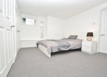 Thumbnail Room to rent in Swinnow Road, Leeds