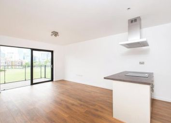 Thumbnail 2 bed flat to rent in Boathouse Apartments, Canary Wharf, London