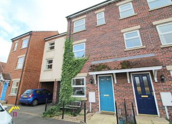 Thumbnail 4 bed town house to rent in Pippin Close, Misterton, Doncaster