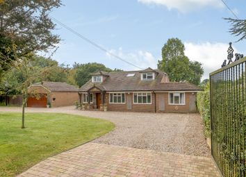 5 bed equestrian property for sale in Toms Lane, Kings Langley WD4