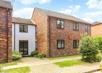 The Willows, Mill End, Rickmansworth, Hertfordshire WD3. 2 bed flat