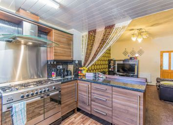 Thumbnail 4 bed terraced house for sale in Norwood Avenue, Shipley