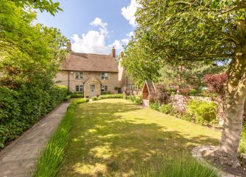 Thumbnail 3 bed cottage for sale in Holly Berry Cottage, Banbury Road, Woodstock