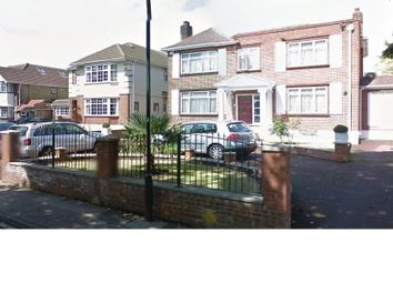 Thumbnail Room to rent in The Drive, Wembley