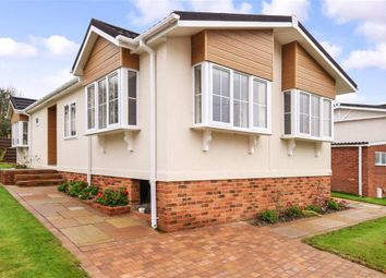 Thumbnail 2 bed mobile/park home for sale in Olivers Battery Gardens, Winchester, Hampshire