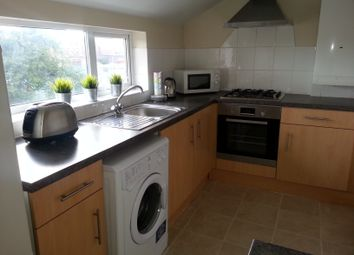 Thumbnail 2 bed flat to rent in Tennyson Street, Nottingham
