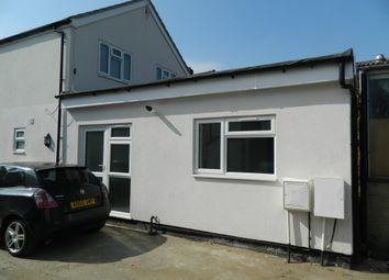 Thumbnail 1 bed property to rent in Bath Road, Cippenham, Berkshire