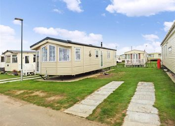 Thumbnail 2 bed mobile/park home for sale in Leysdown Road, Leysdown, Sheerness, Kent