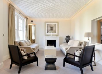 Thumbnail 3 bed flat to rent in D'oyley Street, Chelsea