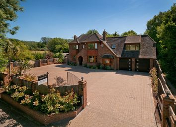 The Heath, East Malling, West Malling ME19. 4 bed detached house