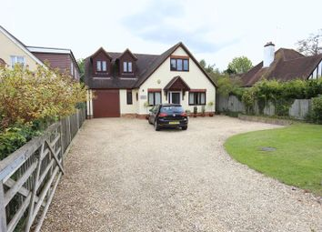 Thumbnail 2 bed detached house to rent in Reading Road, Woodley, Reading
