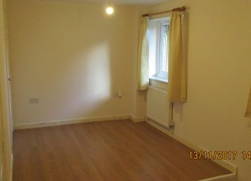 Thumbnail 1 bed flat to rent in Butterworth Path, Luton