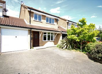 Thumbnail 3 bed property to rent in Martingale Drive, Chelmsford