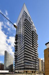 Thumbnail 2 bed flat to rent in Streamlight Tower, Canary Wharf