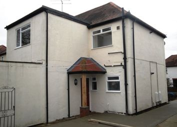 Thumbnail 2 bed maisonette to rent in Lincoln Road, Guildford