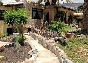 Thumbnail 8 bed villa for sale in Spain, Tenerife, Adeje