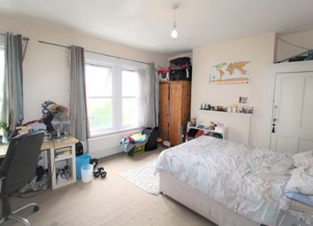 Thumbnail 6 bed terraced house to rent in Searles Road, London