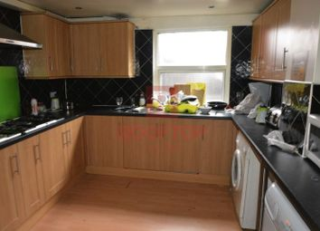 Thumbnail 8 bed property to rent in Chestnut Avenue, Hyde Park, Leeds
