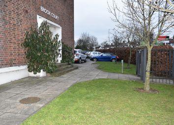Flat 18, Brook Court, 510 Ripple Road, Barking IG11. 2 bed flat for sale