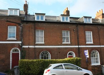 Thumbnail 1 bed flat to rent in Russell Street, Reading, Berkshire
