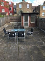 Thumbnail 4 bed flat to rent in Cavandish Road, Finsbury Park, London
