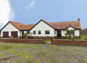 Thumbnail 4 bed bungalow to rent in Avey Lane, Waltham Abbey