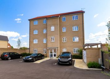 Thumbnail 2 bed flat for sale in Blackthorn Avenue, Chigwell