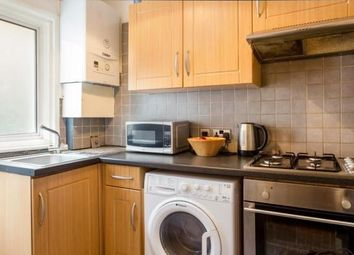 2 bed flat to rent in Munster Road, Fulham SW6