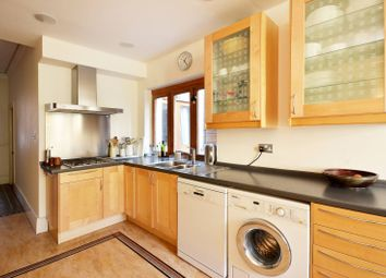 Thumbnail 4 bed property to rent in Helix Road, Brixton