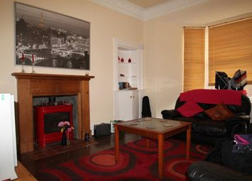 Thumbnail 4 bed flat to rent in Top Left Bellefield Avenue, Dundee, Dundee