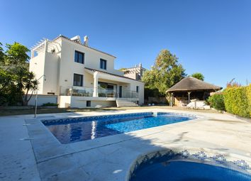 Thumbnail 4 bed villa for sale in Urb. La Duquesa, Costa Del Sol, Andalusia, Spain