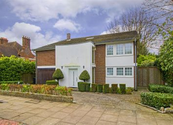 Thumbnail 5 bedroom detached house to rent in Sheldon Avenue, London