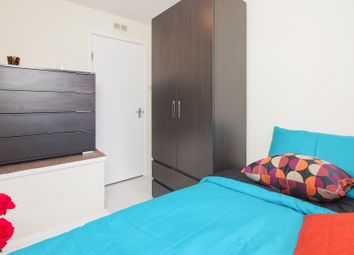 Thumbnail 5 bed shared accommodation to rent in Mile End Road, London
