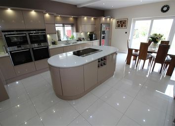 Thumbnail 4 bed property for sale in Beach Road, Poulton Le Fylde