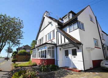 Thumbnail 3 bedroom flat for sale in Harley Street, Leigh-On-Sea, Essex